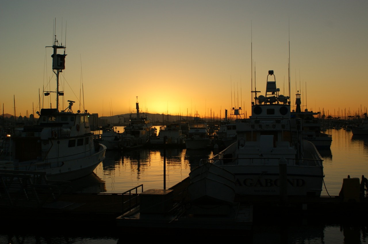 West coast angler long range fishing reports for Point loma fishing