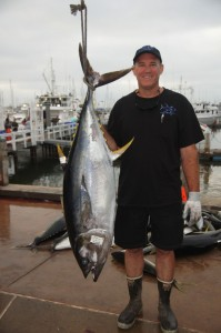 MacDonald won first place for his 84.3-pound yellowfin